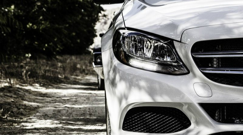 Debes de elegir el auto correcto para tus necesidades y presupuesto, tomando en cuenta los más duraderos como el seguro y el mantenimiento