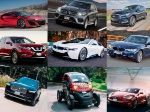 Autos de diferentes marcas y colores.
